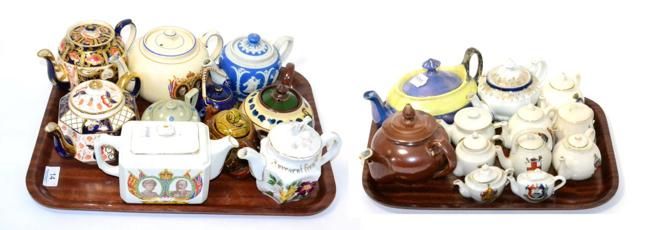 Tennants Auctioneers: A collection of teapots