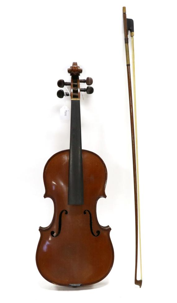 Tennants Auctioneers: Violin